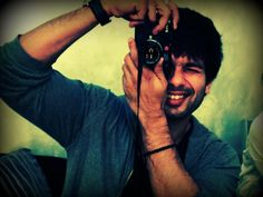 "#ShahidKapoor ""Say Cheese"""