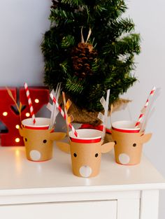 Christmas Tree Trimming Party with #affordablestyle from @walmart #ad www.prettymyparty.com