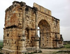 Top 5 pictures for wallpaper use Volubilis, Brooklyn Bridge, Wallpaper, Travel, Pictures, Top, Architecture, Morocco, Photos
