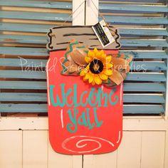 New Spring Door Hangers Diy Mason Jars 65 Ideas Fall Door Hangers, Wooden Door Hangers, Mason Jars, Mason Jar Crafts, Wooden Cutouts, Painted Jars, Painted Wood, Spring Door, Front Door Decor