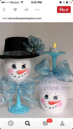 Snowman Wine Glasses Pattern - Kathleen Whiton - Could do so many things for candle holder. Snowman Crafts, Christmas Projects, Holiday Crafts, Snowman Wreath, Christmas Ideas, Wine Glass Crafts, Wine Bottle Crafts, Wine Bottles, Bottle Art