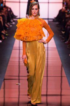 Moda   O melhor da Alta Costura francesa para a Primavera 2017 - Portal iCasei Casamentos