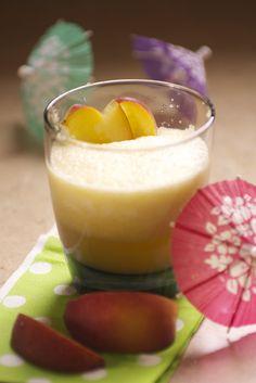 Honey Peach Daiquiri - chock full of antioxidants, sweetened with honey, and only 158 calories!