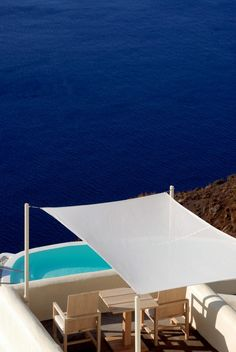 GREECE CHANNEL |  Relaxing in Blue, Oia, Santorini