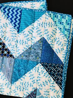 Resplendent Sew A Block Quilt Ideas. Magnificent Sew A Block Quilt Ideas. Half Square Triangle Quilts Pattern, Neutral Baby Quilt, Baby Sewing Projects, Sewing Crafts, Craft Projects, Craft Ideas, Baby Quilt Patterns, Block Patterns, Baby Boy Quilts