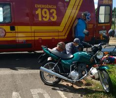 Motociclista fica ferido após colisão com veículo em Rubião Junior -   O Corpo de Bombeiros de Botucatu atendeu na tarde deste sábado, dia 11, um acidente de trânsito envolvendo carro e moto. A ocorrência foi registrada em Rubião Júnior, por volta das 15 horas.  Um carro Ford Escort cruzou a preferencial de uma moto Honda Titan que transitava pela Rua - http://acontecebotucatu.com.br/policia/motociclista-fica-ferido-apos-colisao-com-veiculo-em-rubiao-junior