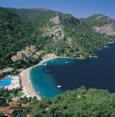 Kalemya koyu/Fethiye/Muğla/// Antalya'ya 15km, Fethiye'ye 5km mesafede bulunan Kalemya koyuna rahatlıkla ulaşabileceğiniz vasıtalar bulunmaktadır.