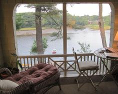Bufflehead Cove Inn: Enclosed deck in the Balcony Room