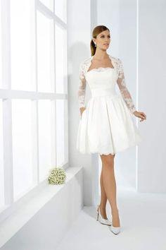 El encaje es irresistible y seductor para todas las mujeres, además, hace sentir femenina y sensual a toda mujer. ¡Te presentamos una gran variedad de vestidos de novia de encaje, para que te fascines!