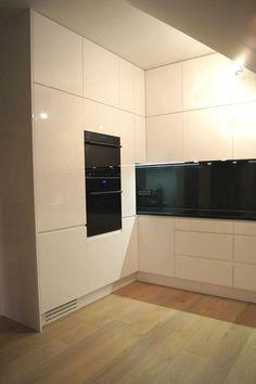 Nowoczesna biała kuchnia od Nataly Design