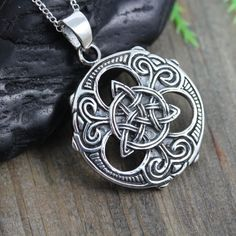 Irish Jewelry, Men Necklace, Sterling Silver Knot Necklace on leather or…