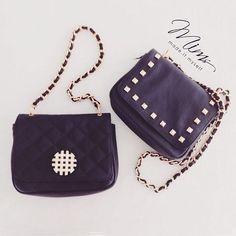 Bolsas mini cookie em preto! Cada uma com seu toque especial ❤️ ️️ #minibag #bolsadecouro