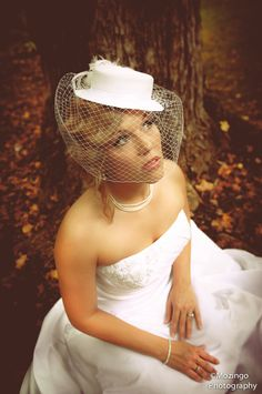 Im in love with vintage hats on Brides