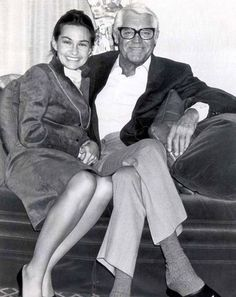 Cary Grant and his fifth wife, Barbara Harris married April 11, 1981 and were married until Grant's death on November 29, 1986.