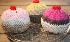 knitted cupcakes #knitted #cupcakes