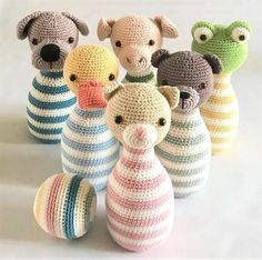 muecos de ganchillo ** This is a crochet pattern, NOT the finished toy!** The pattern is written in English (US terms) The pins will be approx. 20 cm/ high, made with hook size Ski Crochet Game, Crochet Baby Toys, Crochet Hook Sizes, Crochet Patterns Amigurumi, Crochet Gifts, Crochet For Kids, Crochet Animals, Crochet Dolls, Felt Board Patterns