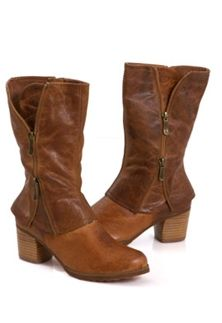 Two Lips Unfold Boot- Tan