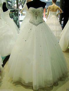 Sélection de 5 robes de mariée à moins de 200 €