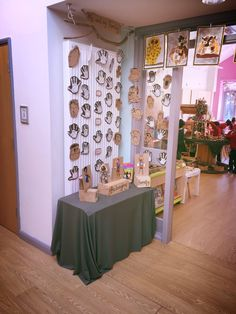 Classroom Inspiration, Classroom Ideas, Eyfs Curriculum, Welcome To Class, Childcare Rooms, Curiosity Approach, Reggio Inspired Classrooms, Family Engagement, Speech Room