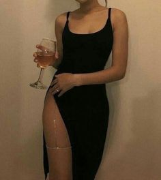 Night Out Style, hot going on a date pursuing every girl! When taking on more style ideas, visit them now. night out style i like Mode Outfits, Fashion Outfits, Womens Fashion, Fashion Fashion, Fashion Clothes, Fashion Ideas, Classy Fashion, Club Outfits, Party Fashion