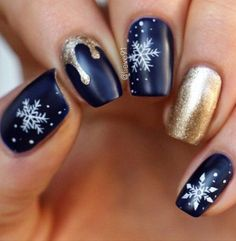 Blue and gold winter nail art design,winter nail polish,winter nail color ideas,winter nail art design
