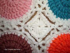 how to join round or polygonal pieces together in a crochet blanket