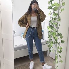 Plaid shirt, White vest top, Mom jeans and White trainers. Plaid shirt, White vest top, Mom jeans and White trainers. Mode Outfits, Retro Outfits, Cute Casual Outfits, Vintage Hipster Outfits, Skirt Outfits, Summer Outfits, Indie Hipster, Girl Hipster Outfits, 90s Style Outfits