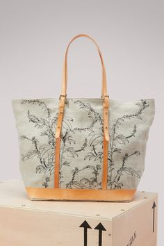 VANESSA BRUNO EMBROIDERED CABAS. #vanessabruno #bags #leather #hand bags #tote #linen #