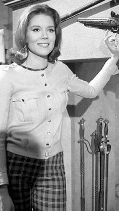 Dame Diana Rigg, Diana Dors, Emma Peel, English Actresses, Actors & Actresses, Diana Riggs, The Original Avengers, Avengers Girl, Amazing Pics