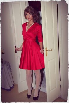 D'Amour Belted Collar Dress (Red)