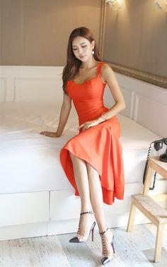 Park Da Hyun Beautiful Women Pictures, Gorgeous Women, Asian Woman, Asian Girl, Daytime Dresses, Pretty Asian, Basic Outfits, Fitness Fashion, Asian Beauty