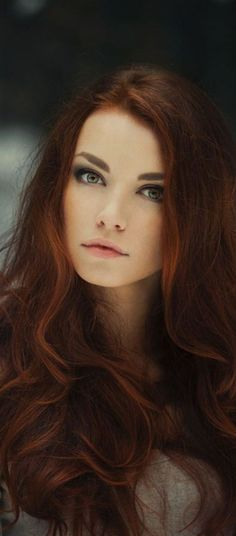 21 Trendy Hair Colors: #3. Golden Auburn Hair Color