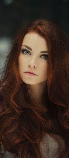 21 Trendy Hair Colors: #3. Golden Auburn Hair Color