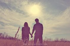 cute engagement silhouette shot -katie day photography