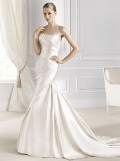 FANAL La Sposa, 2015 collection! #fanal #lasposa #bridal available  Purchase the sample for 30% off retail.   Our sample is in off white and a size 16.