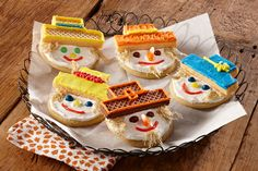 Harvest Scarecrow Cookies