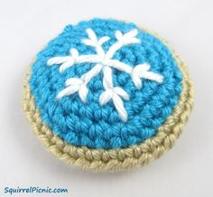 Have you seen some of the frosted sugar cookies out there this year? So many of them are works of art! If someone offered me cookies as elaborately decorated as these by the folks at Martha Stewart...