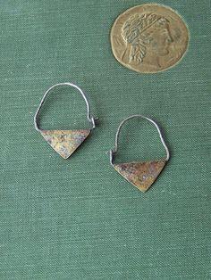 Pendientes de Aro en Flecha Aros Triángulo por DharmaDevotion
