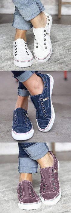Women Zipper Daily Canvas Slip-on Athletic Sneakers Mode Chic, Mode Style, Look Fashion, Fashion Shoes, Womens Fashion, Fashion Bags, Cute Shoes, Me Too Shoes, Birthday Dress Women