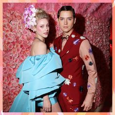 Gala Dresses, Wedding Dresses, Betty Cooper Riverdale, Cole Sprouse Funny, Cole Sprouse Wallpaper, Cole Spouse, Lili Reinhart And Cole Sprouse, Cleveland, Lily Cole