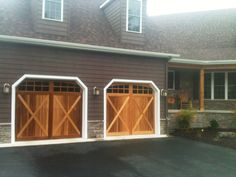 wooden garage door home and garden design idea 39 s garage doors pinterest garage haus und bar. Black Bedroom Furniture Sets. Home Design Ideas