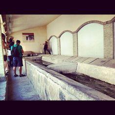 Antiguo lavadero #feriadeagost todavía en uso por algunas vecinas wow! #alicante #spain
