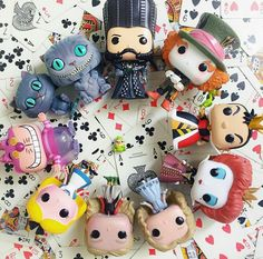Alice in Wonderland collect Disney Pop, Arte Disney, Pop Vinyl Figures, Funko Pop Figures, Funko Pop Display, Funko Pop Dolls, Disney Princess Fashion, Pop Figurine, Funk Pop