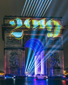 #paris #parisfrance #arcdetriomphe Paris France, Lifestyle Blog, Inspire, French, City, World, Instagram, Building, Places