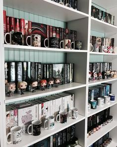 Good morning and happy Tuesday!!! Yesterday was a long day and Im tired so Im posting a #shelfie !!! . What is your favorite thing to do on a lazy day??? . I love to hang out with my kids and watch fun movies/or read a good book!!!