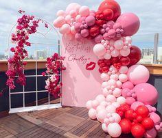 Birthday Party Treats, Birthday Party Decorations, Purple Birthday, Happy Birthday, Balloon Gift, Hello Kitty Birthday, Backdrop Design, Partying Hard, From Miss To Mrs