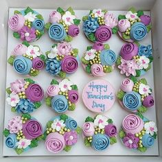Happy Teachers Day 2016 - 2 #16may2016 #teachersday #cupcakes #floralcupcakes #buttercreamflowers #handpiped