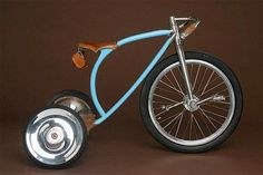 Vanilla Tricycle, hand­built by Sascha White of Vanilla Bicy­cles