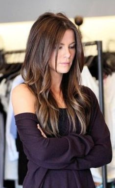Long Layered Hairstyles In Diffrent Style Like V Shaped