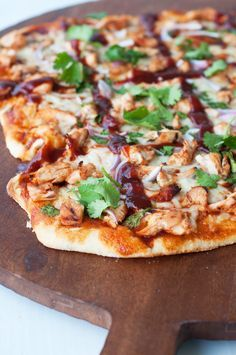 Marshalls Abroad: Barbeque Chicken Pizza - made it tonight and it was delicious!!!